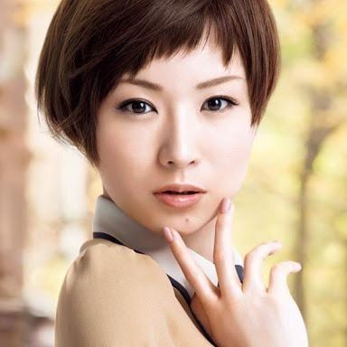 椎名林檎の髪型はやっぱりショートヘア!かわいい画像とMVまとめ!のサムネイル画像