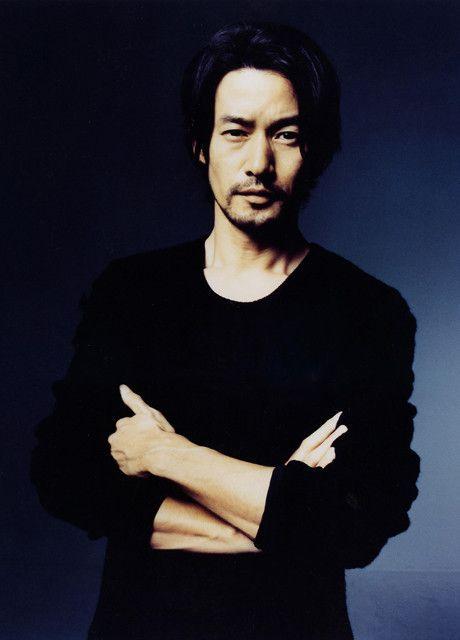 日本と海外のイケてる◎おじさん俳優、画像を元に比べてみましたのサムネイル画像