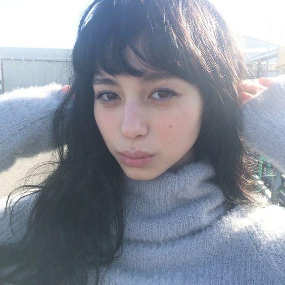 【2017年秋冬】GUの新しいCMに出演しているかわいい女優さんは誰!?のサムネイル画像