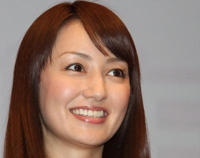 磨きがかかった矢田亜希子の美貌が昼ドラ『花嫁のれん』で光る!のサムネイル画像