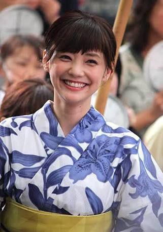 可愛い系代表!倉科カナがドラマで着ていた衣装を真似したい人必見のサムネイル画像