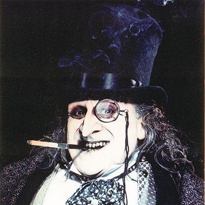 バットマンの人気ヴィランの一人!ペンギンの魅力に迫っていきます。のサムネイル画像