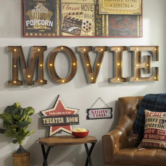 年末休みは映画を見よう!2017年の年間レンタルDVDランキング!のサムネイル画像