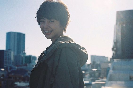 「クラッシュオブキングス」のcmに出演している女優さんって誰!?のサムネイル画像