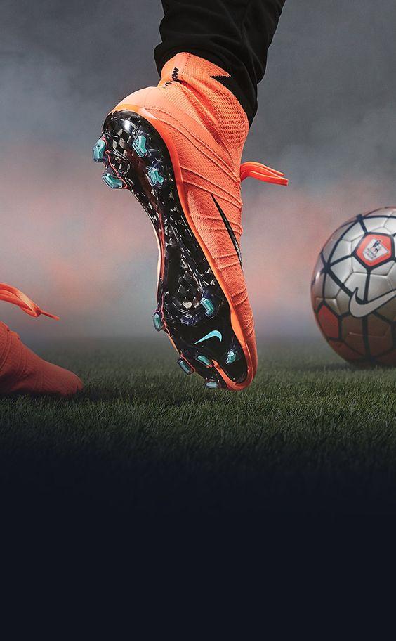 あなたはどっち派?人気サッカーゲーム、ウイイレとFIFAを比較します!のサムネイル画像