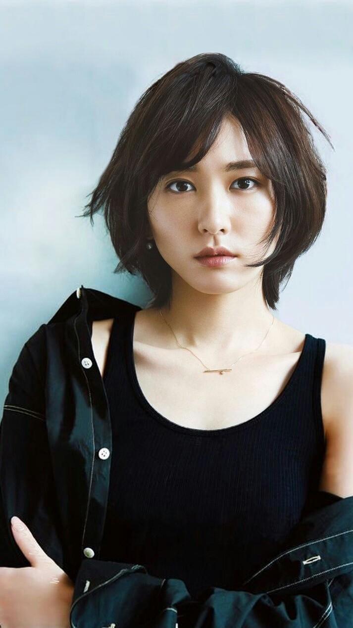 【ユニクロcm出演女優】ガッキーに佐々木希にあの人気モデルも!のサムネイル画像