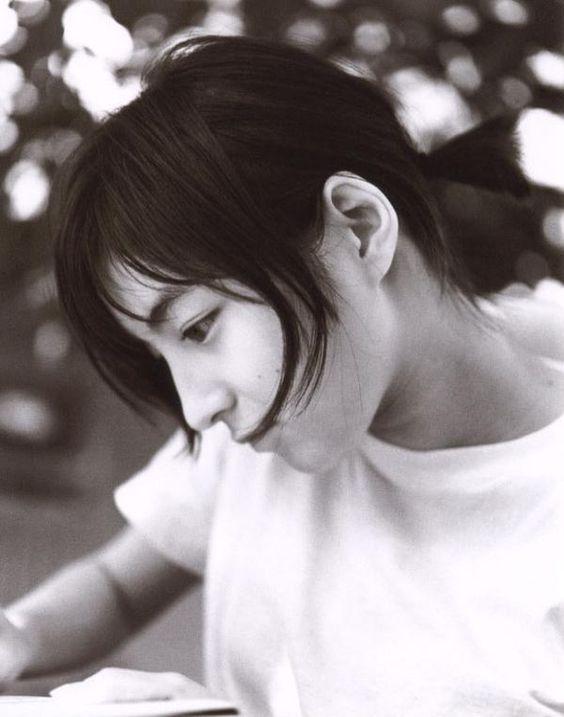 広末涼子さんの現在の旦那さんはキャンドルアーティストで平和愛好家のサムネイル画像