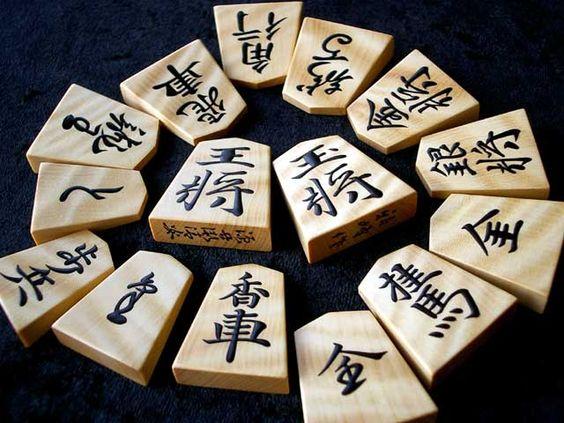 <初心者向け講座>将棋とチェスのルールと違いがこれで分かる!のサムネイル画像