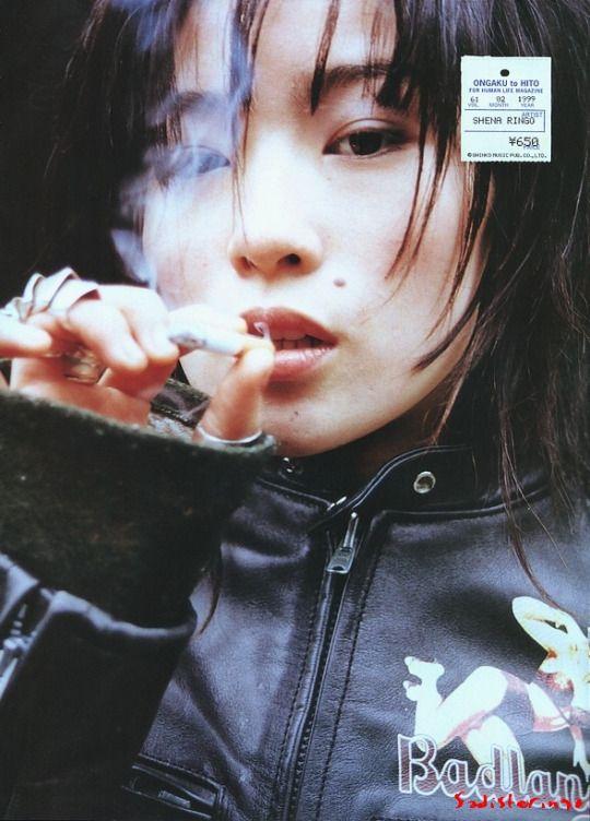 自分のスタイルをこだわり抜く「椎名林檎」のアルバム一覧!のサムネイル画像