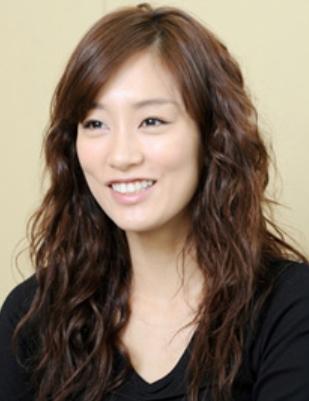 水川あさみさんの髪型は大人可愛い!絶対真似したいおしゃれヘア