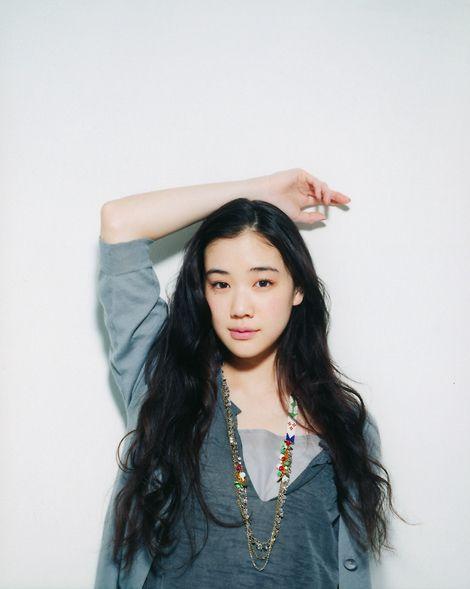 さりげない美しさが魅力!人気女優蒼井優の出演ドラマ作品まとめのサムネイル画像
