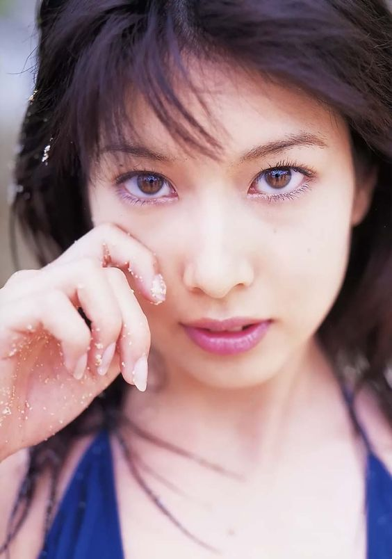 小林恵美のdvdを安くまたは無料で見る方法とは?テレビ出演情報は?のサムネイル画像