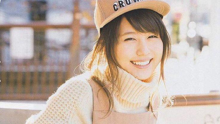 女優 有村架純さんが着こなす可愛すぎるファッションまとめ!のサムネイル画像