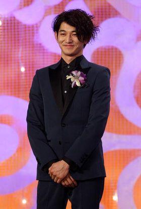 俳優「瑛太」のファッションセンスはフォーマル~カジュアルまで抜群のサムネイル画像