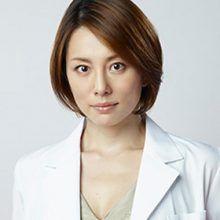 奇跡の40代!憧れの米倉涼子さんの美の秘訣と引き算メイクとは?のサムネイル画像