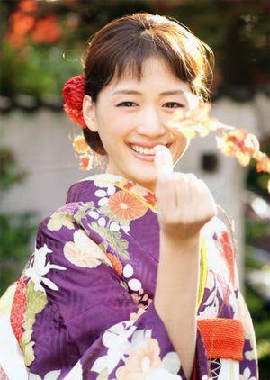 肌が綺麗で憧れる!女優・綾瀬はるかの出演おすすめドラマは?のサムネイル画像