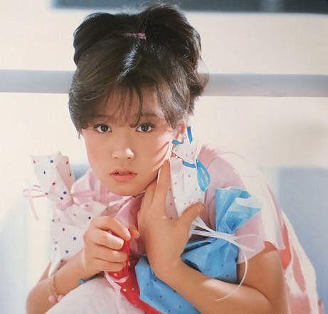 【中継が話題!】伝説の歌姫・中森明菜の紅白歌合戦の歴史!のサムネイル画像