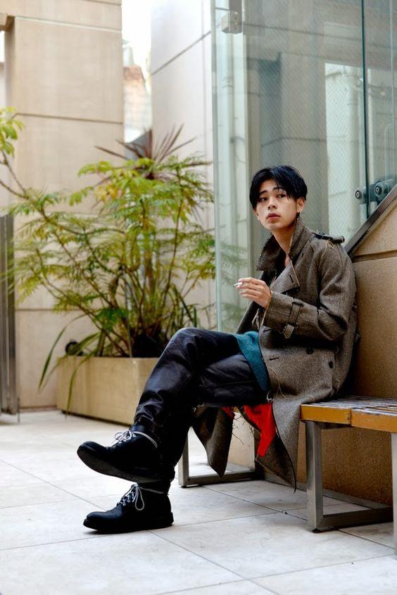 あらゆるシーンでおしゃれに着こなす成田凌のファッションセンスのサムネイル画像