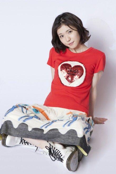 松岡茉優がメイクで急に可愛くなった!メイク方法や美容法は?のサムネイル画像