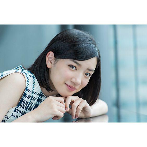 今後ブレイク間違いなしの注目女優「永野芽郁」の輝きをCMにて紹介!のサムネイル画像