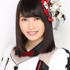 AKB48横山由依【初ソロコンサート】でCHEMISTRYと共演!『幸せ』のサムネイル画像