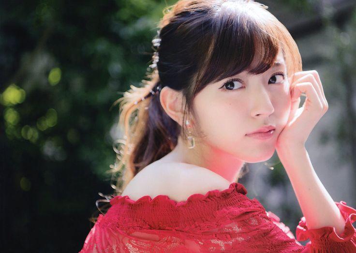 日本武道館でのソロコンサート決定♪鈴木愛理さんについて知りたい!のサムネイル画像