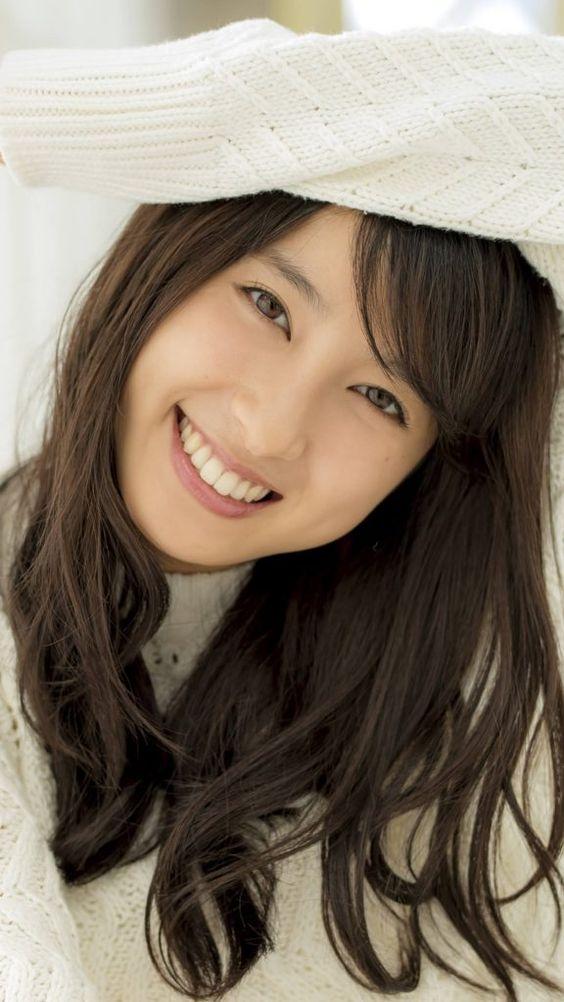 超可愛い熱血体育女優の土屋太鳳ちゃんは仕事衣装と違い私服は可愛いのサムネイル画像