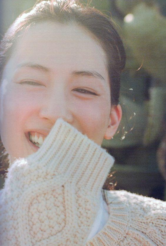 芸能界一の美肌!綾瀬はるかさんの綺麗すぎるすっぴんの秘密は!?のサムネイル画像