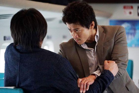 小栗旬、西島秀俊が「クライシス」ではめていた腕時計のブランドは?のサムネイル画像