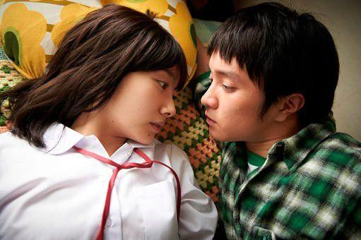 波瑠が大胆演技で魅せた官能シーン!映画『みなさん、さようなら』のサムネイル画像