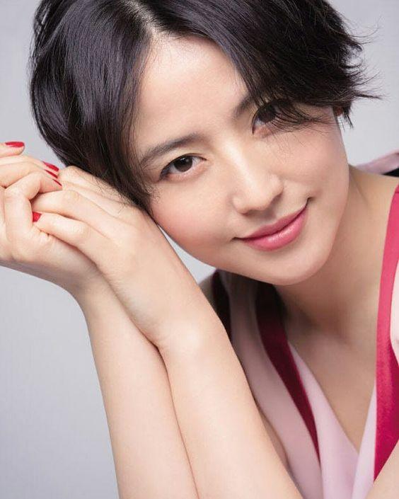 長澤まさみの最新ショートスタイルが可愛い!作りすぎない髪型の秘訣のサムネイル画像