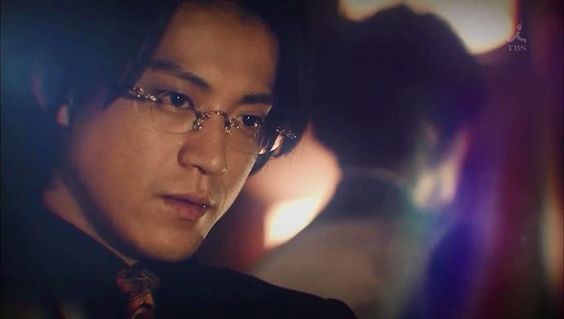小栗旬出演ドラマ「ウロボロス」主題歌嵐起用は生田斗真が原因?のサムネイル画像