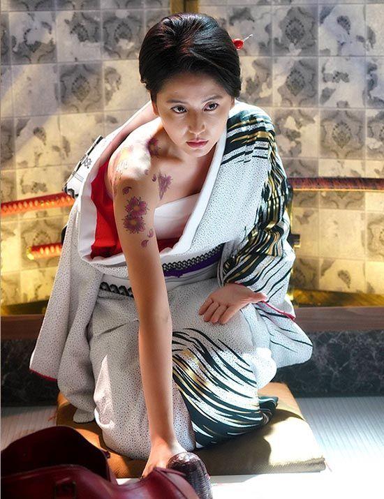 『美しい』『色っぽい』と、長澤まさみさんの着物姿が話題に。のサムネイル画像