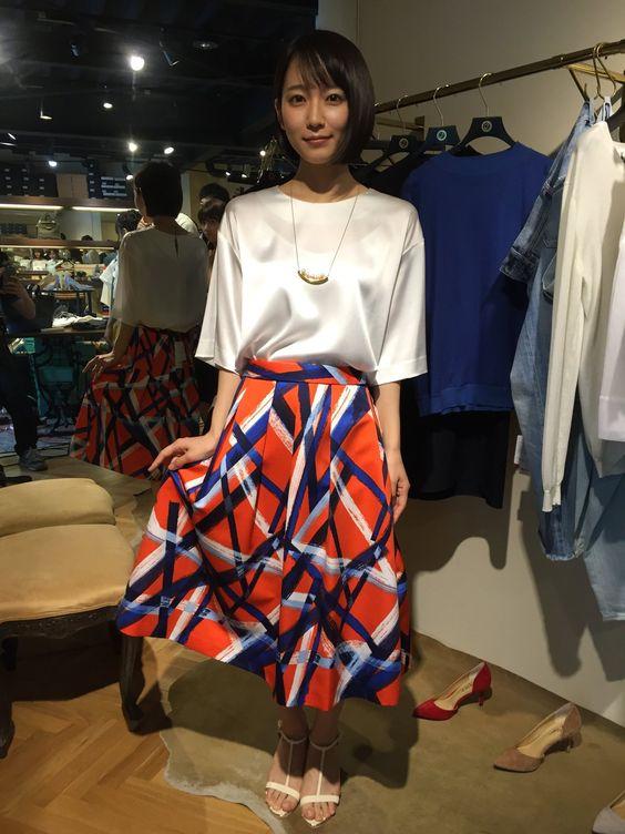 真似したい!人気女優・吉岡里帆さんから学ぶおしゃれ私服コーデのサムネイル画像