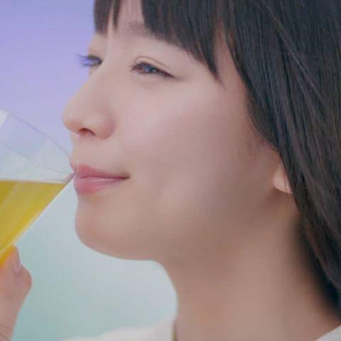 吉岡里帆はCMのメイキング映像でも可愛い!NGに「あうん」を発動のサムネイル画像