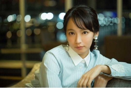 モデル、女優吉岡里帆の透明感あふれる彼女の素顔の秘密に迫るのサムネイル画像