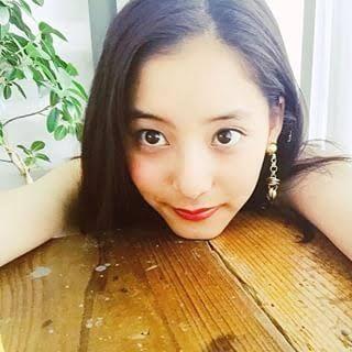 新木優子さんがモデルのカラコン「アイジェニック」と画像の紹介のサムネイル画像