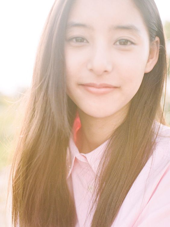 大人気女優!!新木優子さんは韓国のハーフ!?気になる真相は!!のサムネイル画像