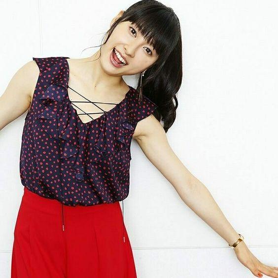 驚愕と絶賛の嵐!女優・土屋太鳳さんキレッキレのアクション!のサムネイル画像