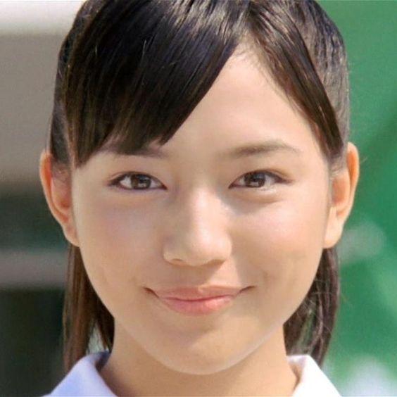 川口春奈さん出演の、話題の自動車のcmがとっても気になる!のサムネイル画像