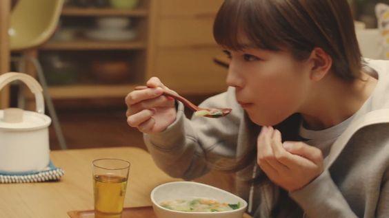 川口春奈が出演するおいしそ~なクノールカップスープのCMの秘密のサムネイル画像
