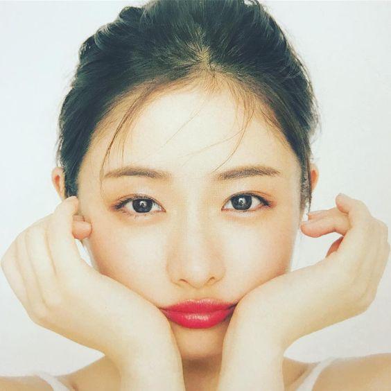 大活躍中の女優・石原さとみさんの歴代彼氏と現在の彼氏をご紹介!のサムネイル画像