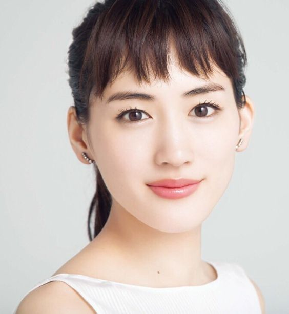 【疑惑!】本当は韓国人?あまりにも珍しい綾瀬はるかさんの本名!のサムネイル画像