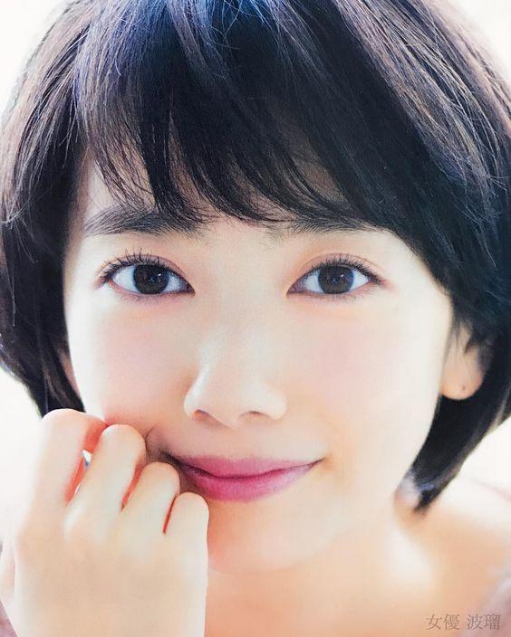 『朝ドラ女優』波瑠の貴重な水着お宝画像をまとめてみました!のサムネイル画像