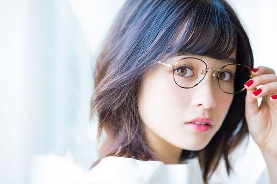 天使すぎる橋本環奈さんのメガネ姿が破壊的に可愛いと話題に!のサムネイル画像