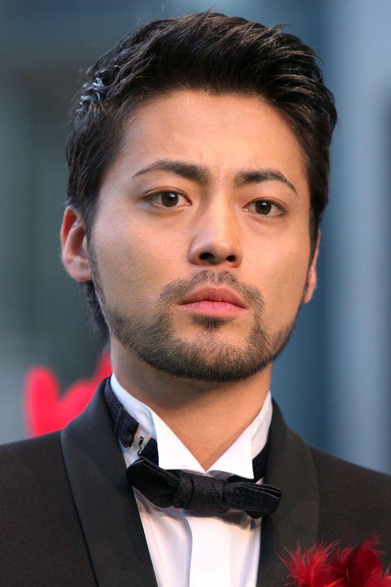 山田孝之さんの最新舞台が気になる!ストーリーなどの情報紹介!のサムネイル画像