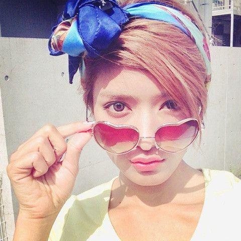 ローラさんプロデュースのカラコンLILMOONで綺麗な瞳ずっと続く!のサムネイル画像