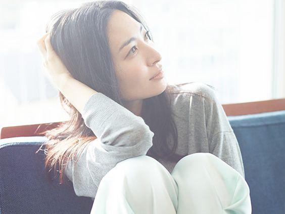 坂本真綾&鈴村健一夫婦がラブラブすぎる!出会いから現在までを紹介のサムネイル画像