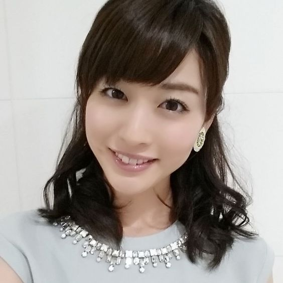 フリーアナウンサーの新井恵理那が初恋相手に再会で交際関係に?のサムネイル画像
