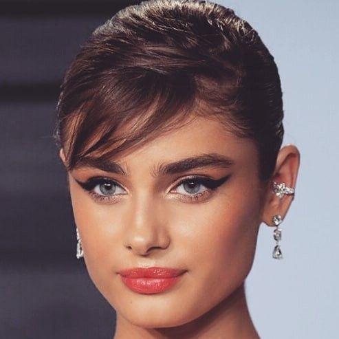 海外の人気女性モデルまとめ!身長別に分けて紹介していきます!のサムネイル画像